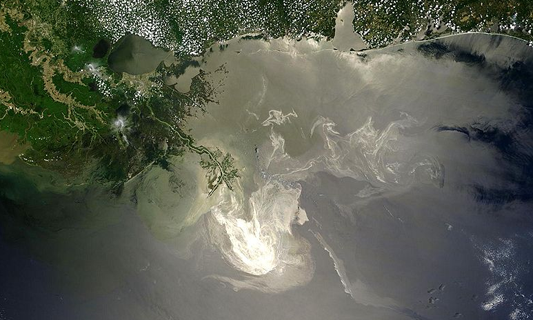 Researcher looks at regulatory muddle in wake of Deepwater Horizon disaster